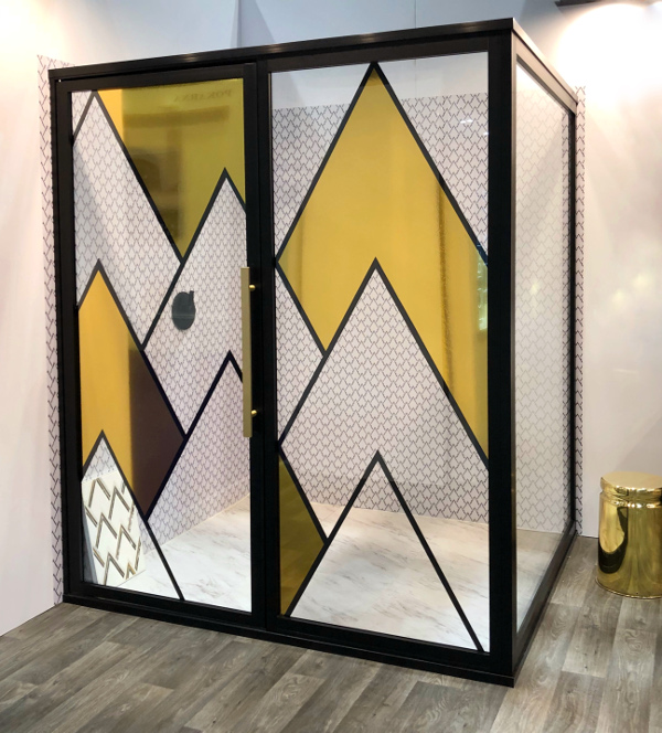 graphic shower door trend KBIS 2018