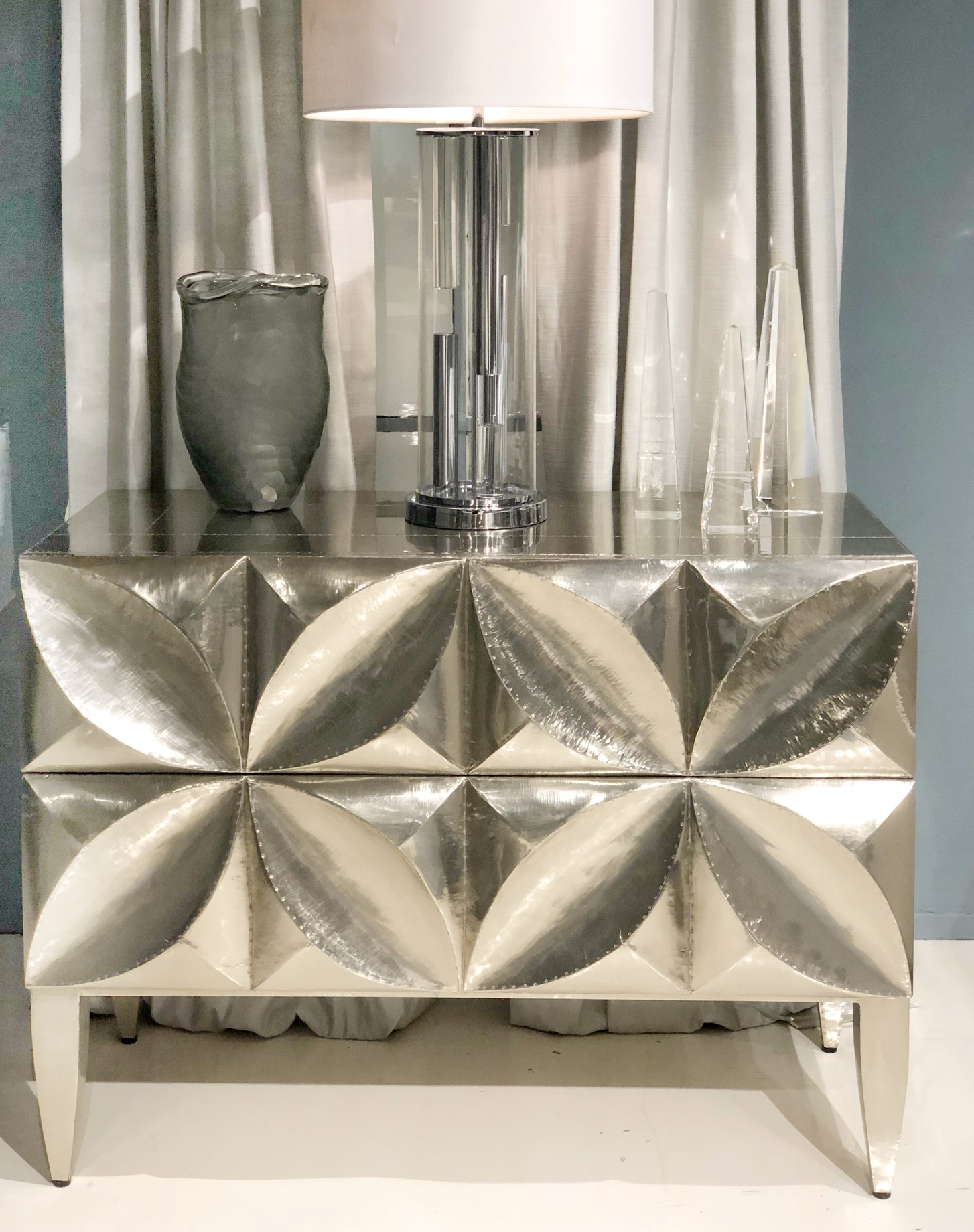 Silver 3D cabinet