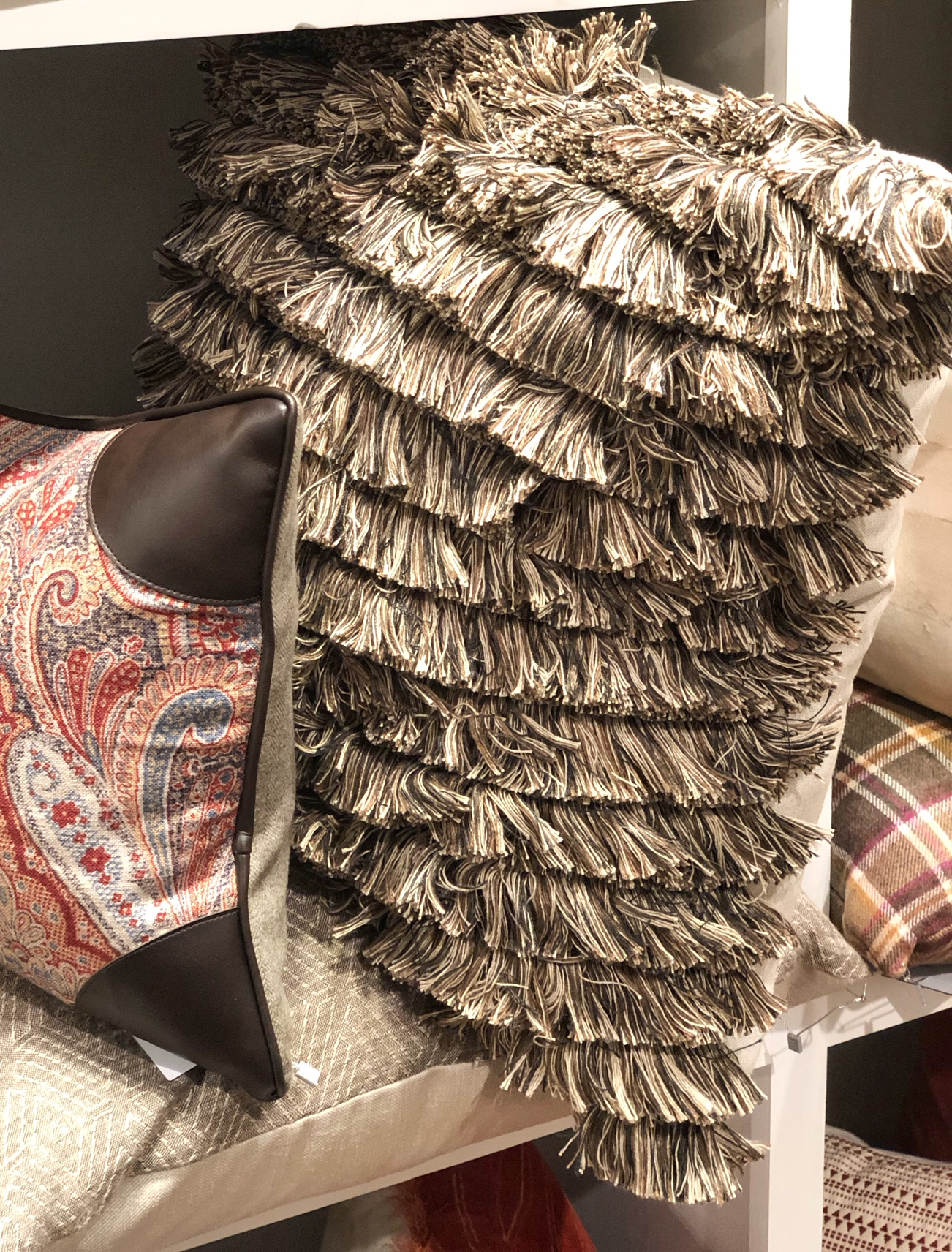 design trends, fringe pillow