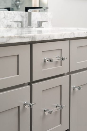 easy decorating ideas: change out the hardware