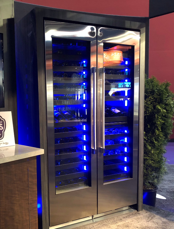 Wine cooler with blue LED lighting