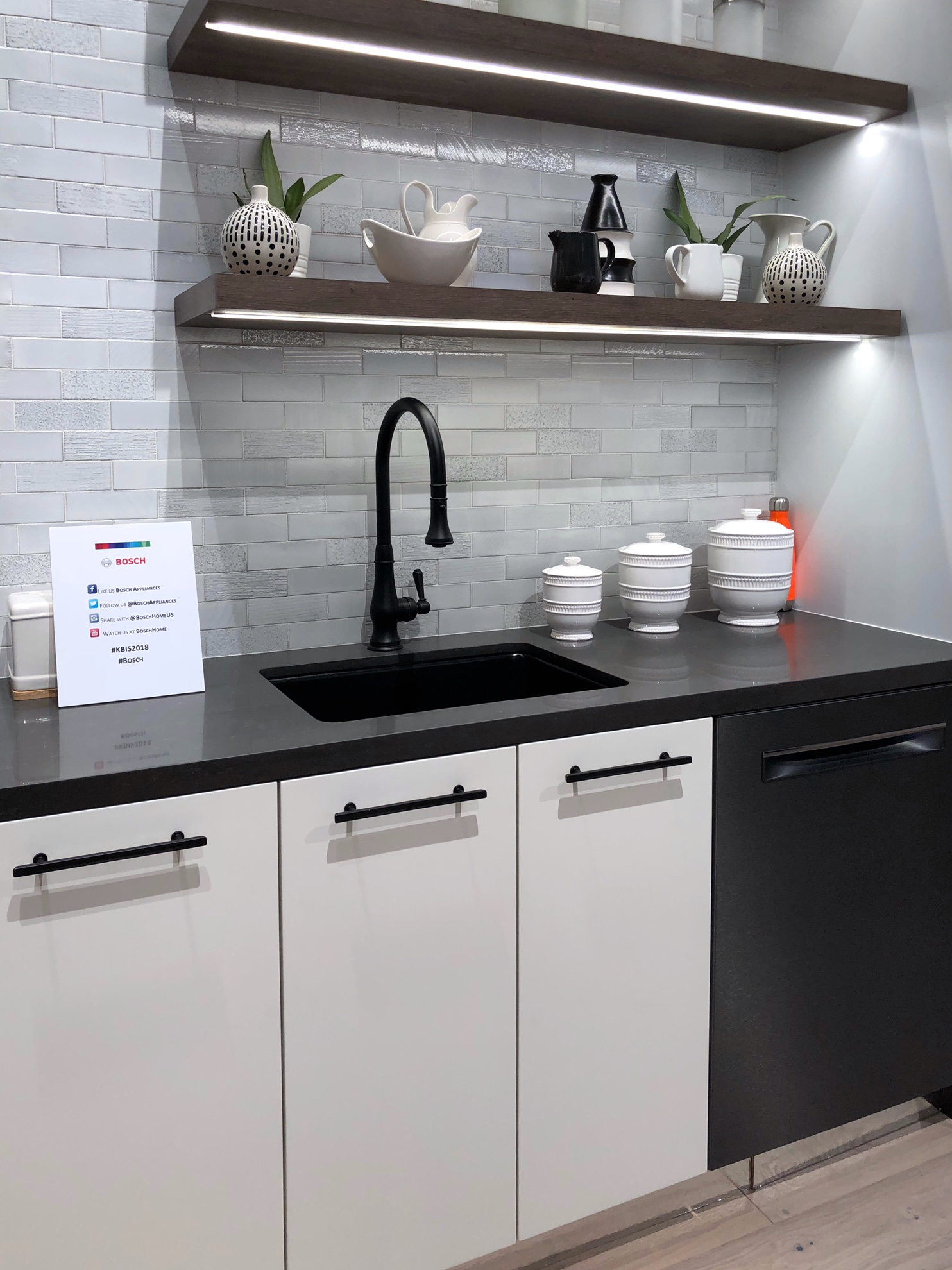 contemporary flat front cabinets