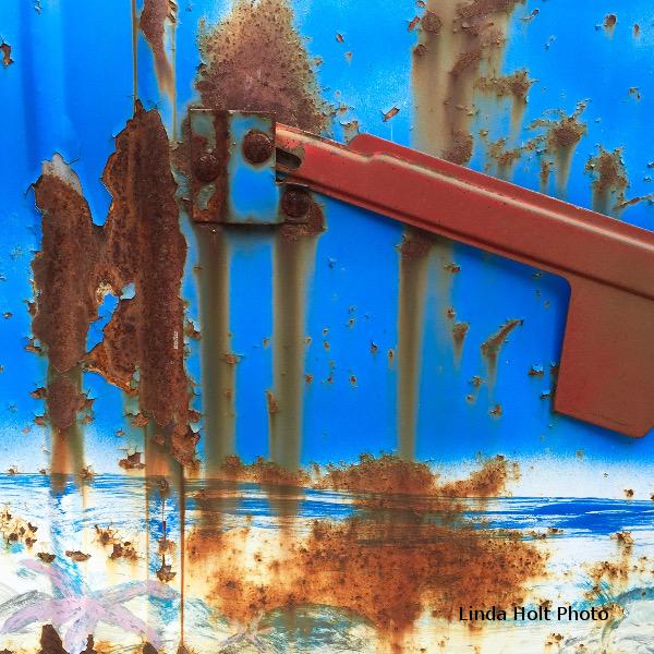 rusty mailboxWM