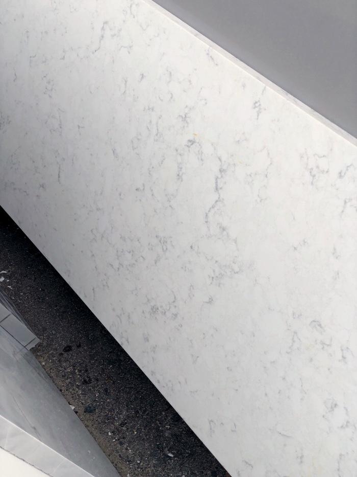 white quartz gray veins