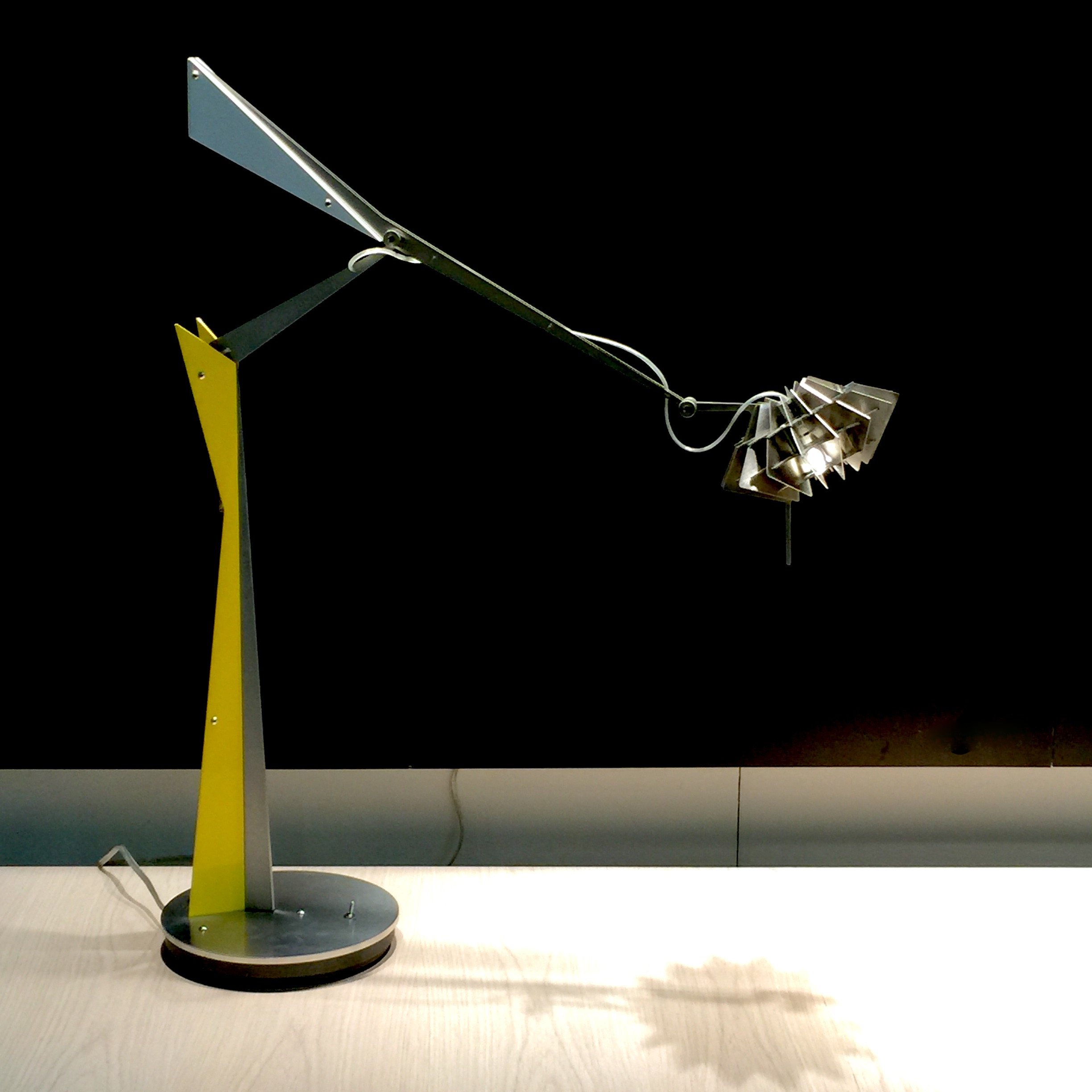 Friday's Photo: Sculptural desk top lighting